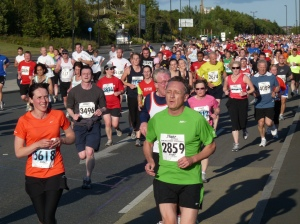 Crowd of runners at the Blaydon race