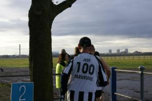 Runner wearing Newcastle United shirt