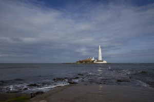 lighthouse-1065319_1920